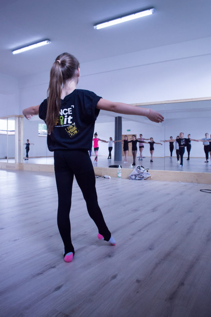 dance-love-it-danceloveit-szkola-tanca-bielsko-biala-kursy-lekcje-indywidualne-cennik-oferta