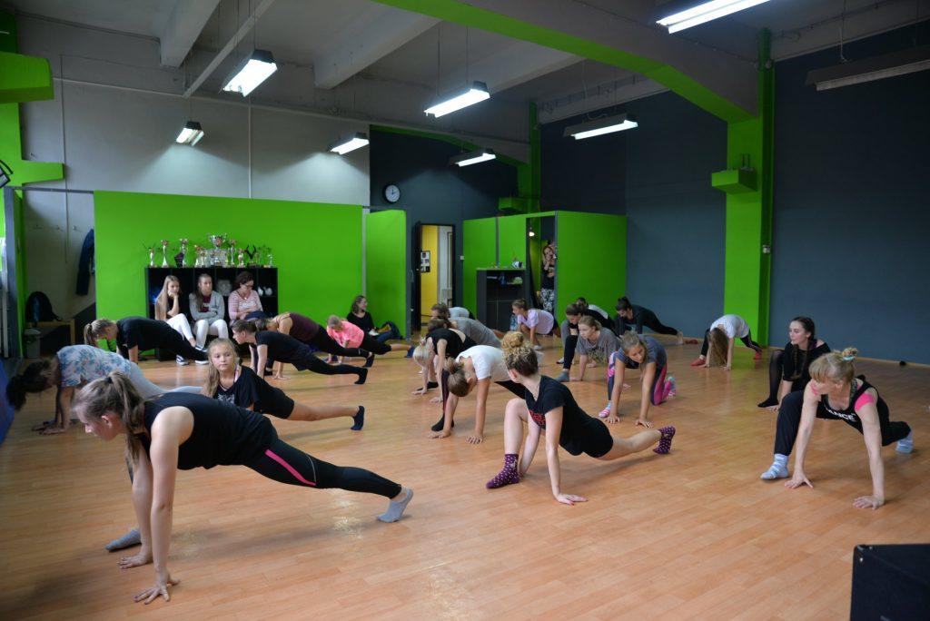 dance-love-it-dni-otwarte-studio-tanca-szkola-tanca-bielsko-biala-cennik-oferta