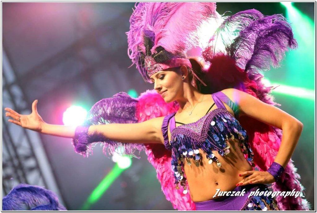 samba-brazylijska-wesele-pokaz-diamondsgrupatanecznataneczneshowdlaciebieshowgrupadiamonds-taneczne-show-dla-cieie-danceloveit-bielsko-biala
